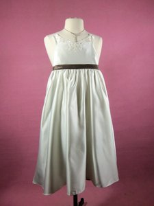 Alfred Angelo Ivory/Mocha Satin 6590 Formal Bridesmaid/Mob Dress Size OS (one size)