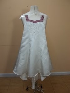 Alfred Angelo Ivory/Sugar Plum 6596 Size 5 Dress