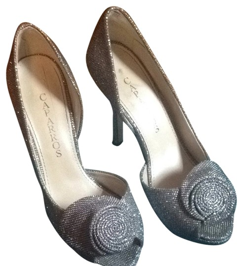 Preload https://item1.tradesy.com/images/caparros-silver-sparkle-metallic-baldwin-formal-shoes-size-us-75-regular-m-b-1157050-0-0.jpg?width=440&height=440