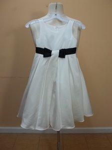 Alfred Angelo Ivory/Black Satin 6651 Formal Bridesmaid/Mob Dress Size OS (one size)