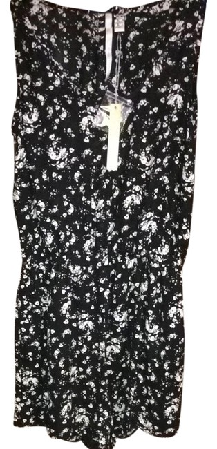 Preload https://item1.tradesy.com/images/lc-lauren-conrad-black-and-white-lace-dreamer-romperjumpsuit-1157245-0-0.jpg?width=400&height=650
