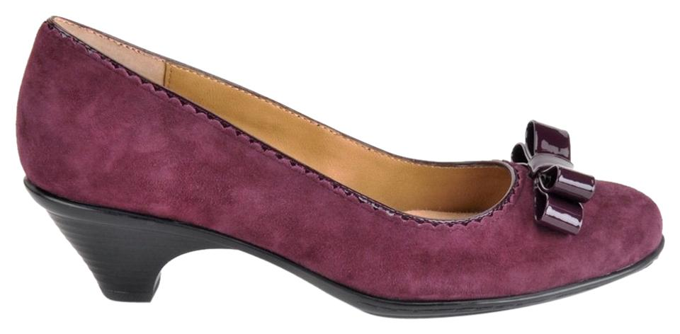 fd6e32a51757 Softspots Violet Santessa Bow Suede Pumps Size US 6 Regular (M