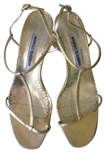Manolo Blahnik Strapy Leather Size 38.5 Gold Sandals