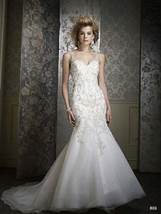 Alfred Angelo Style 883 Wedding Dress