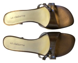Liz Claiborne Bronze Pumps
