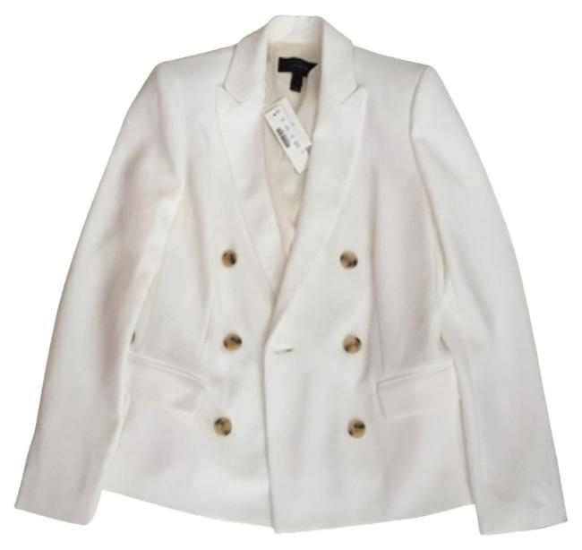 Preload https://img-static.tradesy.com/item/11577073/jcrew-ivory-double-breasted-with-brown-buttons-blazer-size-2-xs-0-2-650-650.jpg