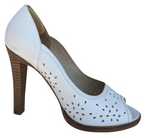 bebe Open Toe Leather Heel White Pumps