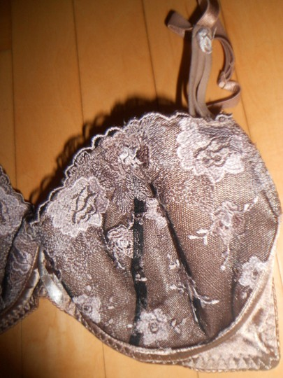 Other GORGEOUS SATIN LACE TAUPE AND BLACK BRA SET 36D AND MEDIUM