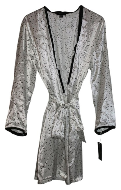 Item - White with Black Dots XL L Robe - Size L/Xl - Intimates