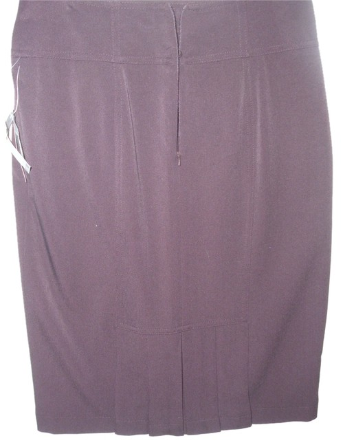Preload https://item2.tradesy.com/images/grace-elements-purple-sexy-plum-classy-stretch-fitted-tailored-pencil-knee-length-skirt-size-petite--1158141-0-0.jpg?width=400&height=650