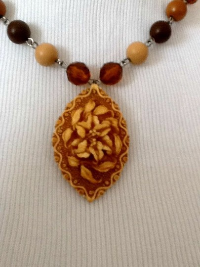 Express Necklace Image 1