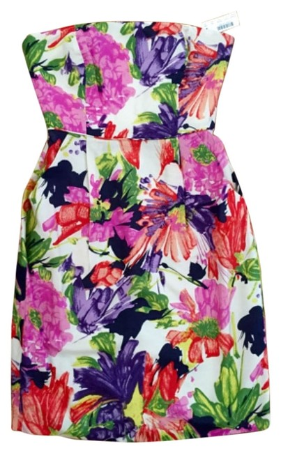 Preload https://img-static.tradesy.com/item/11589007/jcrew-pink-floral-strapless-sheath-above-knee-night-out-dress-size-00-xxs-0-1-650-650.jpg