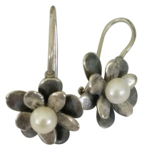 Sterling Silver & Pearl Hawaiian Flower Earring