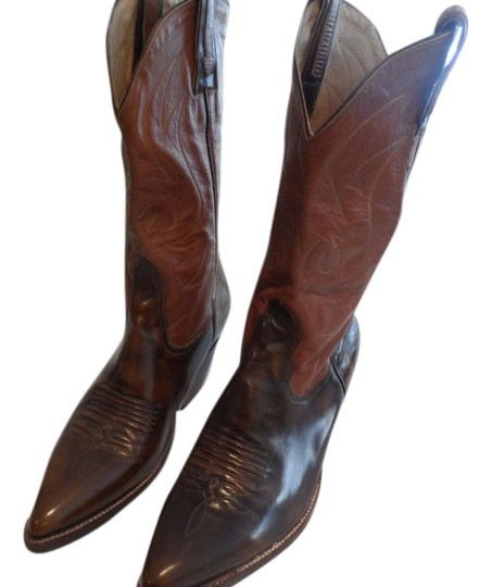 Preload https://img-static.tradesy.com/item/11590240/tan-and-brown-leather-hand-made-cowboy-bootsbooties-size-us-95-regular-m-b-0-1-540-540.jpg