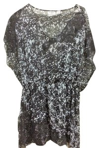 Cato Sheer Top black and Gray