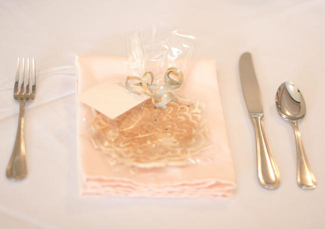 Item - Pink 130 Pale Blush Ice Peach Napkins Polyester Tablecloth