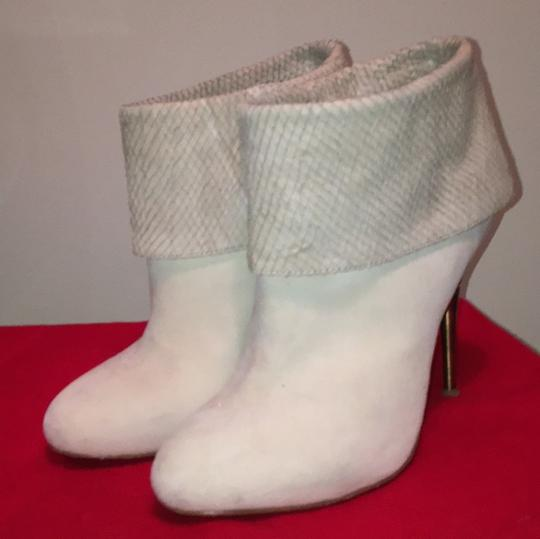 Elizabeth and James Off white Suede Boots Image 2