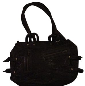 lesa wallace Satchel in black