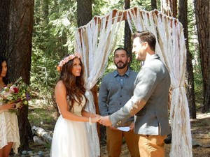 White Lace and Burlap Handmade Arch / Draping Canopy/Chuppah