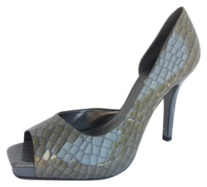 Jessica Simpson Crocodile Print Patent Heel Open Toe Grey Pumps