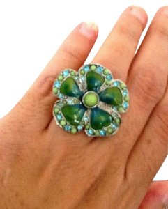 Guess Guess flower ring