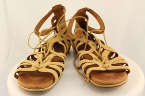 Gentle Souls Womens Gladiator Leather Tan Sandals