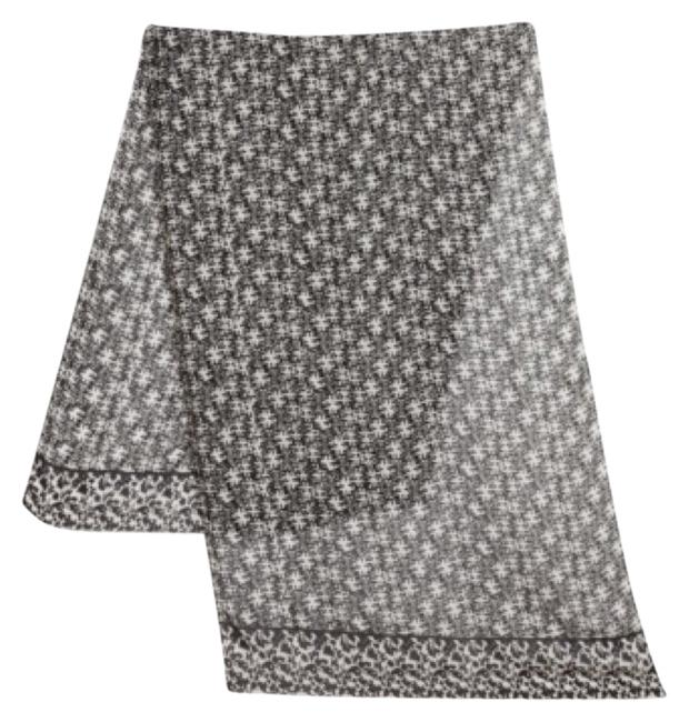 Item - Black and White Rayon Scarf/Wrap