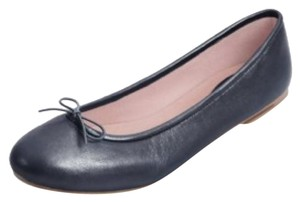 Bloch Black soft pearlized leather Flats
