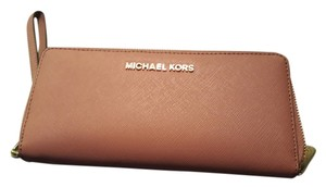 Michael Kors Wristlet in Blush
