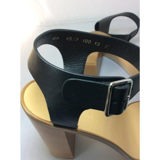 Salvatore Ferragamo Black Sandals Image 7