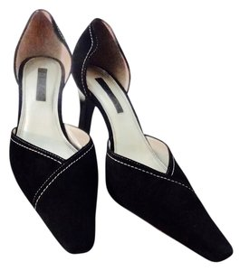 Unisa Black Suede Pumps