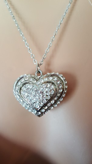 Other heart Valentine Necklace Image 2