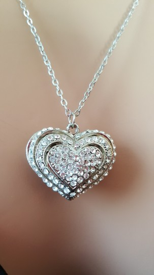 Other heart Valentine Necklace Image 3