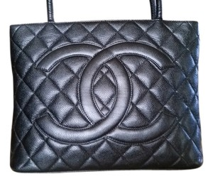 Chanel Tote in Black Medallion