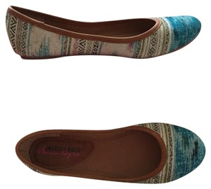 American Rag Ballet Multi-Colored Teal Flats