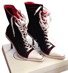 Steve Madden Black and Red Boots
