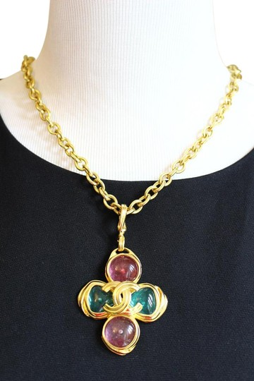 Preload https://img-static.tradesy.com/item/11617786/chanel-gripoix-glass-with-gold-plated-rare-vintage-pastel-necklace-0-11-540-540.jpg
