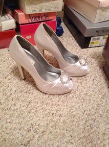 Dyeables White Satin Can Be Dyed Wedding Shoes