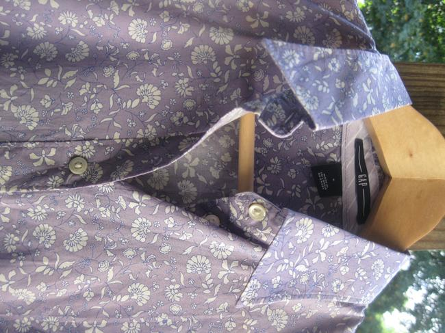 Gap Button Down Shirt Lavender floral print