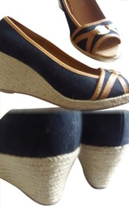 Sahara Blk/tan 10b Black/Tan Trim Wedges