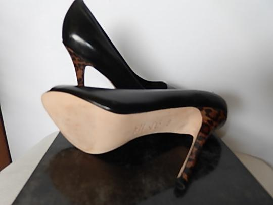 Saks Fifth Avenue Womens Leather Face black Pumps Image 11