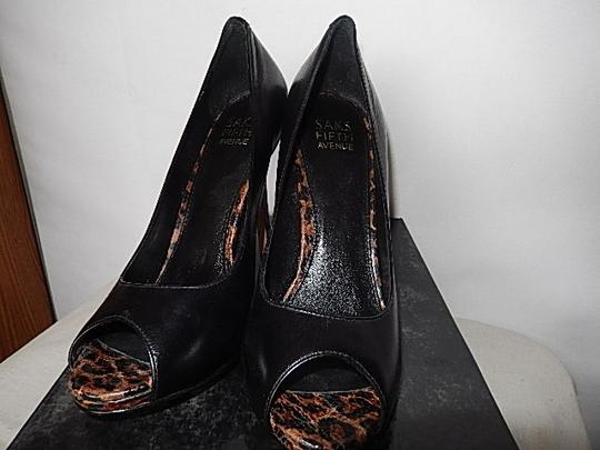 Saks Fifth Avenue Womens Leather Face black Pumps Image 8