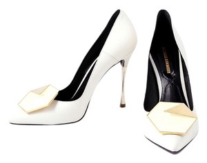 Nicholas Kirkwood Leather Pointy Toe Hexagon White Pumps