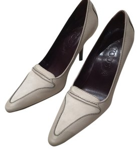 Tod's Grey Pumps