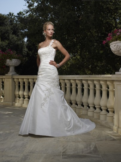 Casablanca Diamond White and Gold Aplicates Taffeta Lace 1984 Feminine Wedding Dress Size 8 (M)