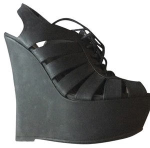 Charlotte Russe Blac Wedges
