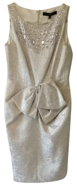 Preload https://item5.tradesy.com/images/carmen-marc-valvo-metallic-white-and-silver-mid-length-cocktail-dress-size-6-s-1163044-0-0.jpg?width=400&height=650