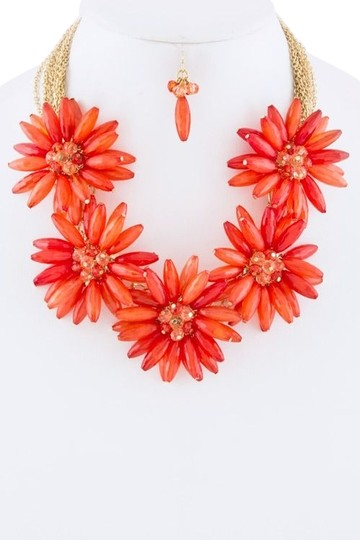 Unknown Chunky Red Flower Collar Statement Necklace Set
