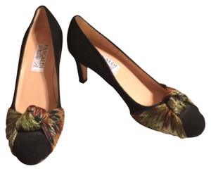 Pancaldi Black/Green/Maroon Pumps