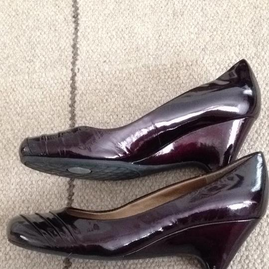 Me Too Patent Brown Leather Pumps